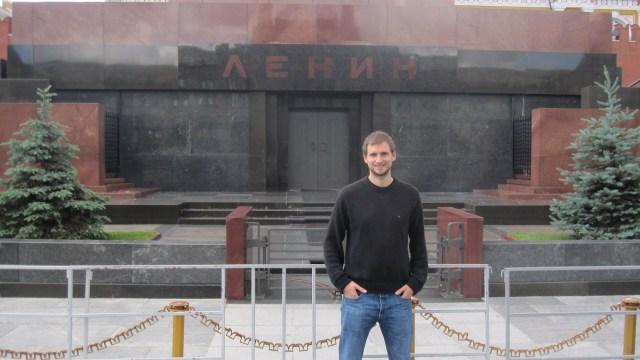 Portrait : Visiter 100 pays et apprendre 10 langues en seulement dix ans… Stephan a-t-il réussi à réaliser son rêve ?