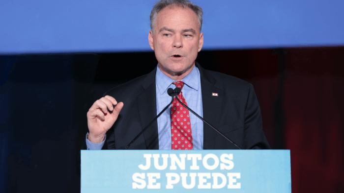 9 US Politicians Who Speak A Foreign Language
