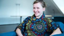 15 minutos por dia é suficiente para aprender – uma entrevista com Karoline Schnur, especialista em linguística