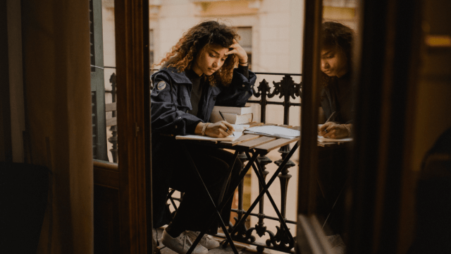 6 Bad Habits To Avoid When Learning A New Language, And How To Break Them