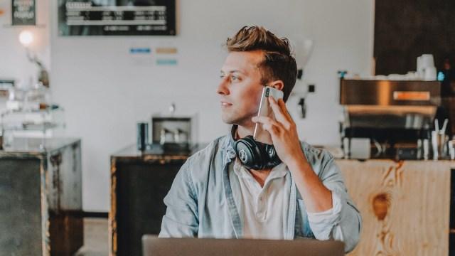 Richtig-Telefonieren-Checkliste: 11 Tipps für das Telefonieren auf Englisch