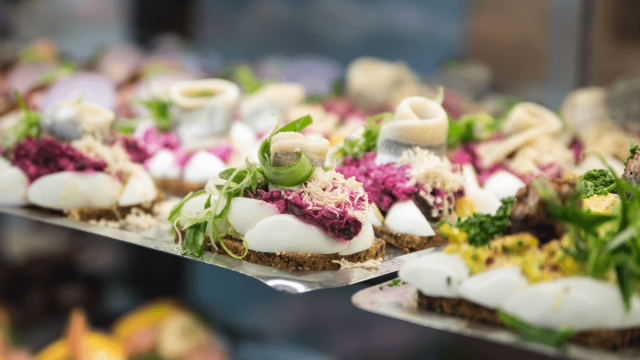 How To Talk About Food And Drink In Danish