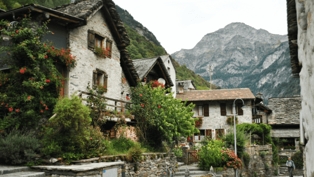 How Is Swiss Italian Different From The Italian Spoken In Italy?
