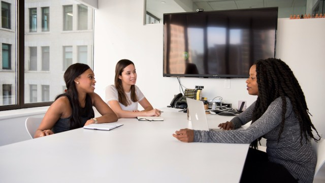 Bewerbung auf Englisch: So meisterst du dein Bewerbungsgespräch