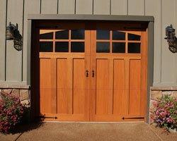 Double porte en bois de cedre