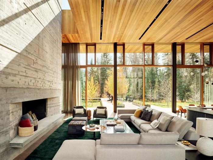 Custom home Riverbend Residence