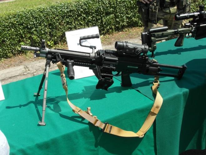 5.56 mm FN Minimi lightweight machine gun