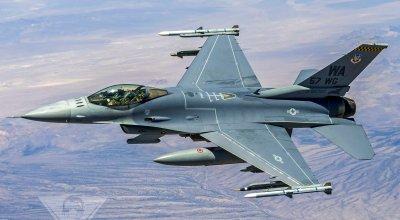 U.S. Air Force Weapons School: Build. Teach. Lead.