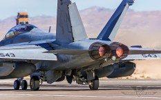 BF_EA-18G_VAQ132-1680x1050