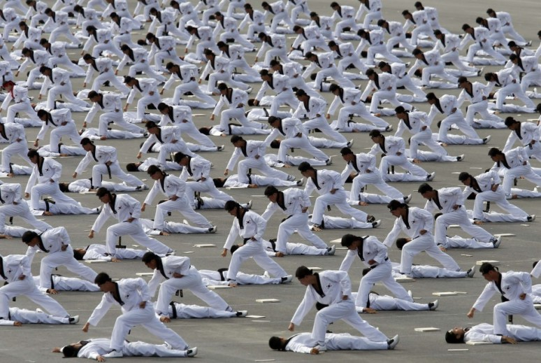 south-korea-holds-biggest-military-parade-decade