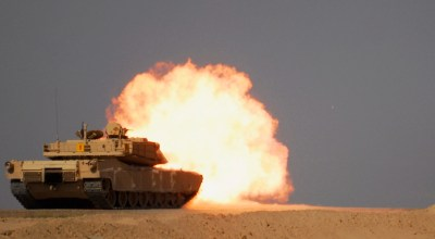 Abrams tank destroys ISIS car bomb