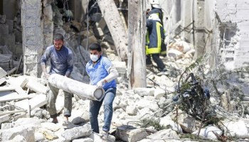 Air strikes on Aleppo hospital kill doctors and children