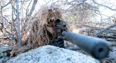 Watch: Interview with 'American Sniper's' instructor Eric Davis reveals his favorite sniper rifle