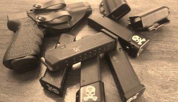Low-Vis Pistol Mag Carry