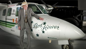 Fighter Pilot Legend Bob Hoover Dies at 94