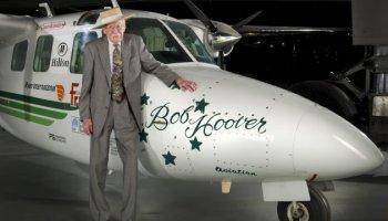 Fighter Pilot Legend Bob Hoover Dies at 94