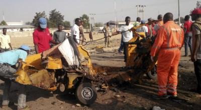 Female suicide bombers kill 31 in Nigeria market