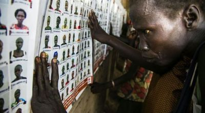 South Sudan conflict: UN warns of 'ethnic cleansing'