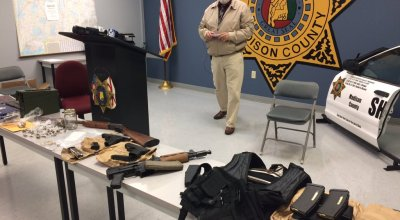 22 heavily armed men post mannequin challenge on Facebook, much to delight of cops