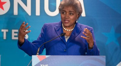 'It transformed me': Donna Brazile reflects on 'constant harassment,' bomb threats that came after DNC hacks