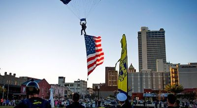 US Navy Leap Frogs drop in on Mobile, Alabama 'Navy Week'