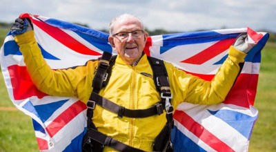 British D-Day soldier sets record for being the oldest skydiver in history