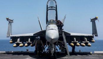 U.S. F-18 Super Hornet shoots down a Syrian jet