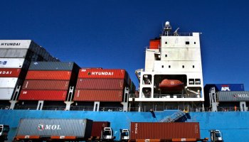 How a conspiracy theorist's call about a dirty bomb shut down part of a port