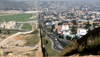 Border Patrol: U.S.-Mexico border wall could be supplemented with technology
