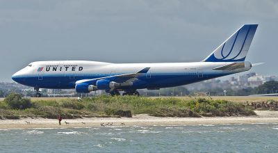 Watch: United Airlines says Goodbye to Their Last Boeing 747