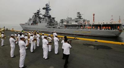 Russian Ships Deliver Military Equipment to the Philippines