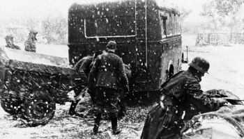Waging war with Russia in the winter: The myths surrounding Hitler and Napoleon