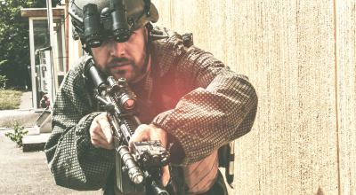 WATCH: Tactical thought – CQB in compressed environments