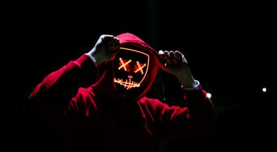 Man wearing red hoodie/ Sebastiaan Stam on Unsplash