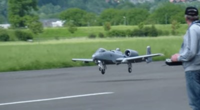 Watch: Swiss hobbyists build a jet powered remote controlled A-10 Warthog