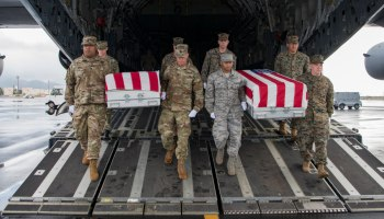 The Pic of the Day: Service members' remains return from the Philippines