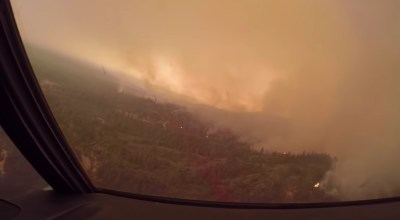 Watch: Amazing cockpit footage of a C-130 fighting California wildfires earlier this year
