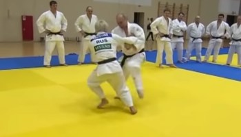 A fighter's analysis of Putin training with the Russian judo team