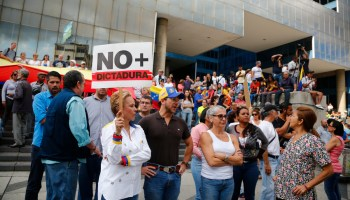 State Department pulls remaining staff from Venezuela, urges all Americans to leave