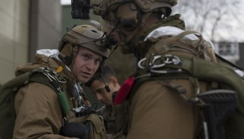Recon Marines conduct arctic parachuting