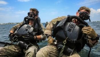 Delta Force's combat diving break