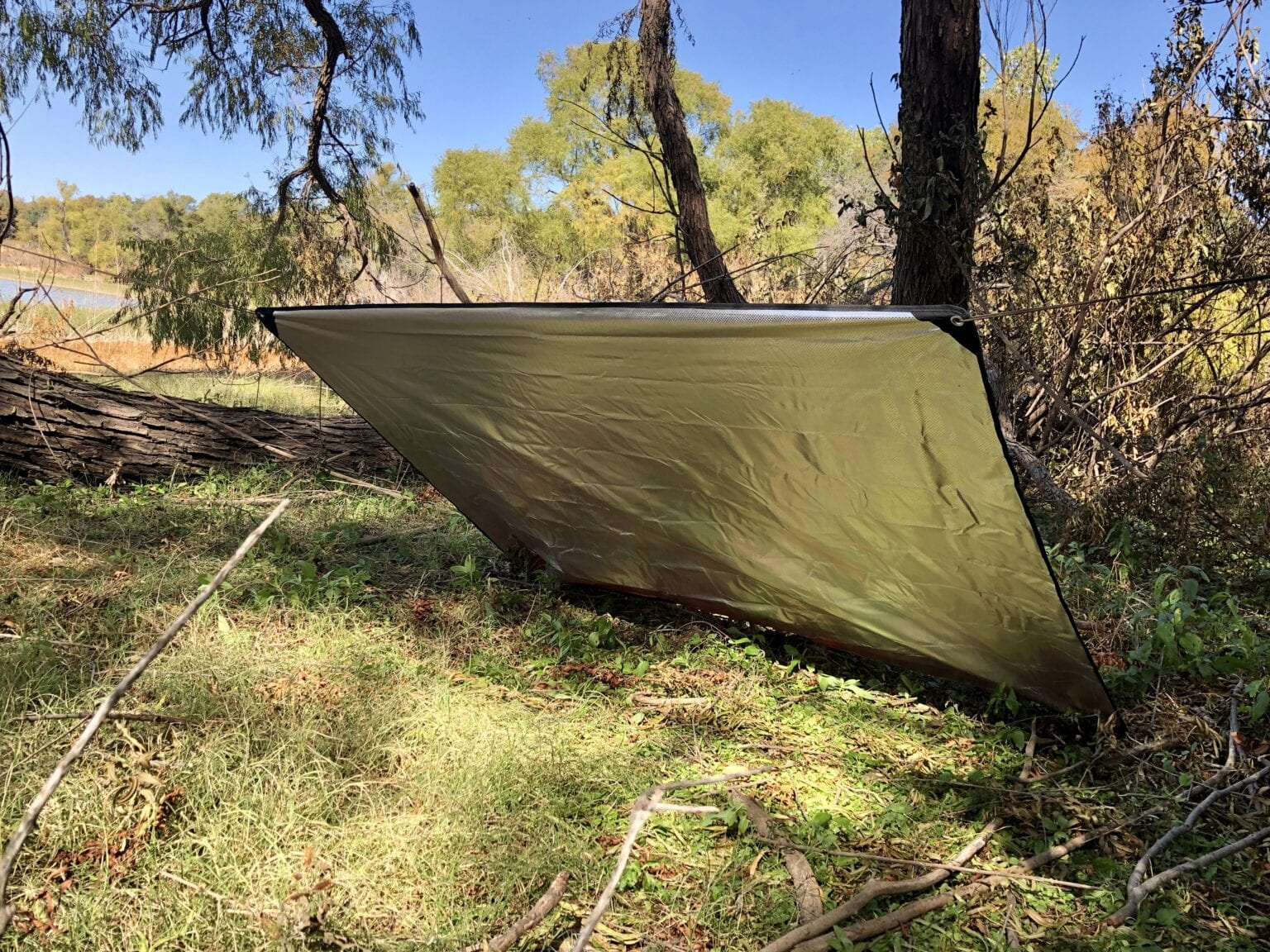 Emergency Blanket Shelter