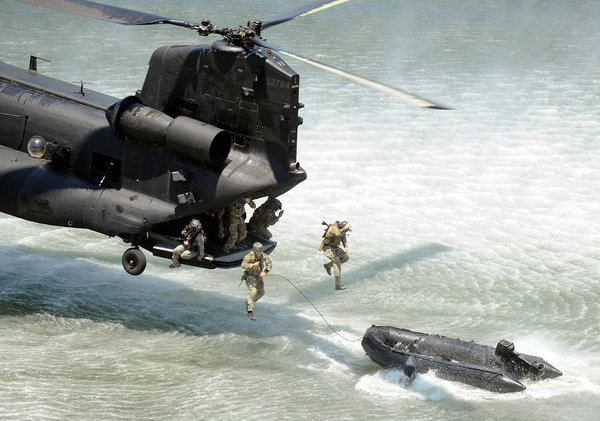 Cast and recovery with a CRRC from an MH-47 Chinook helicopter