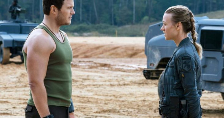 """""""The Tomorrow War"""" Review, a Great Summer Action Escapist Film"""