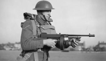 The Submachine Gun -The Ultimate World War II Weapons