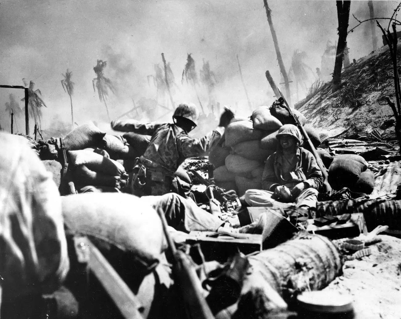 Marines Battle of Tarawa throw grenade