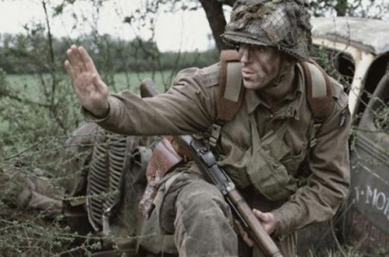 Damien Lewis Dick WInters Band of Brothers Brecourt Manor