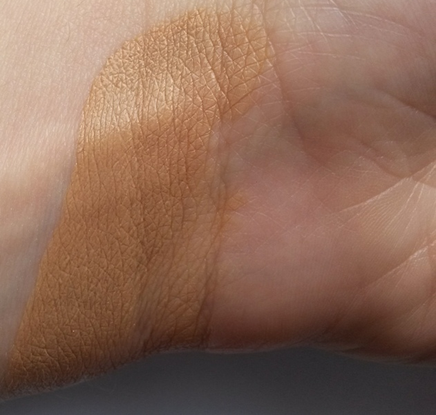 ClioMakeUp-recensione-deborah-dress-me-perfect-cushion-swatch
