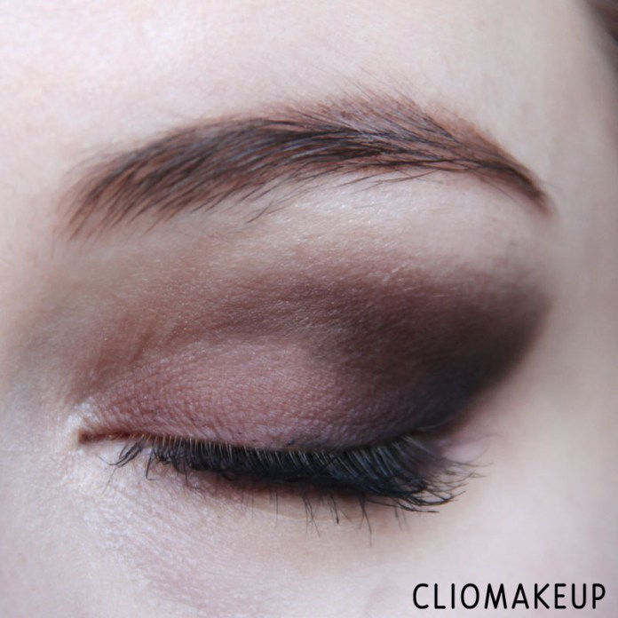 cliomakeup-recensione-illuminating-eyeshadow-base-essence-13