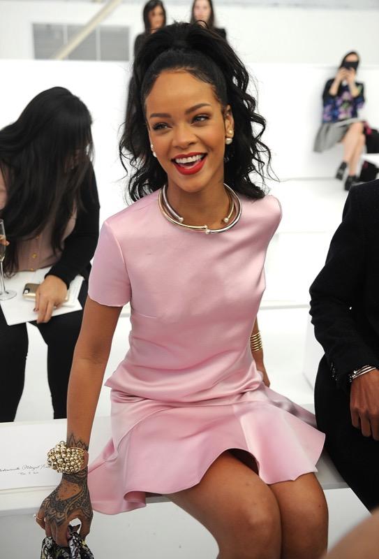 ClioMakeUp-millennial-pink-rosa-primavera-2017-abbinamenti-outfit-sfilate-look-accessori-14